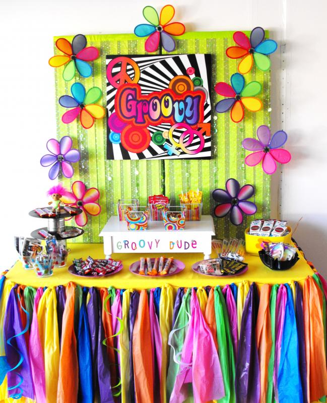 70 39 s birthday party all the rage decor for Decoration 70s party