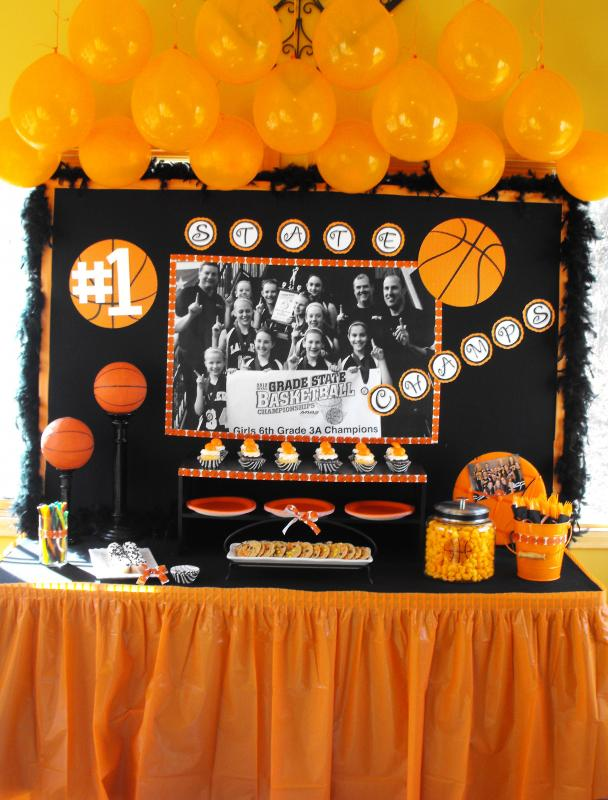 Basketball party all the rage decor