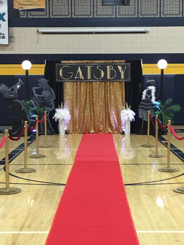 Gold Stanchion Red Carpet Set All The Rage Decor
